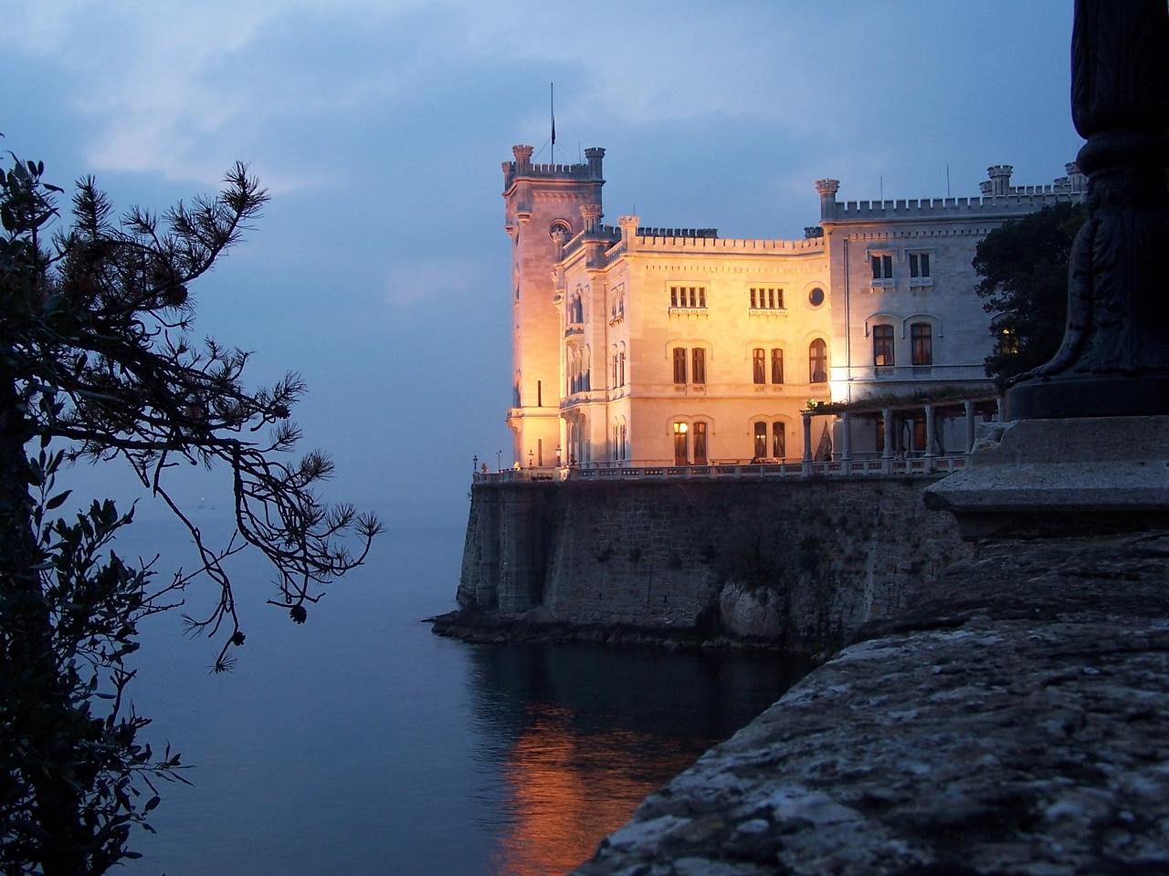 Trieste Castle Wedding a Day Visiting Trieste Castle
